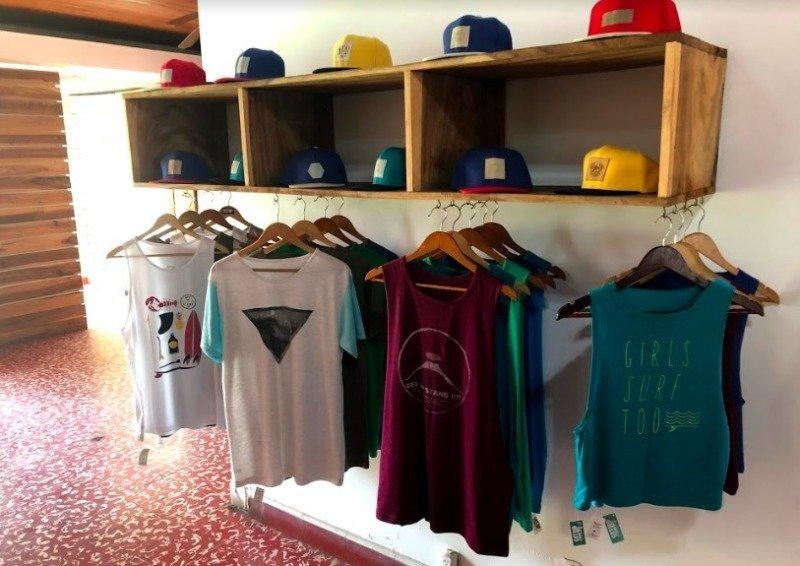 Oblečení koupíte v sousedních zemích Nikaraguy nebo také v Portugalsku.