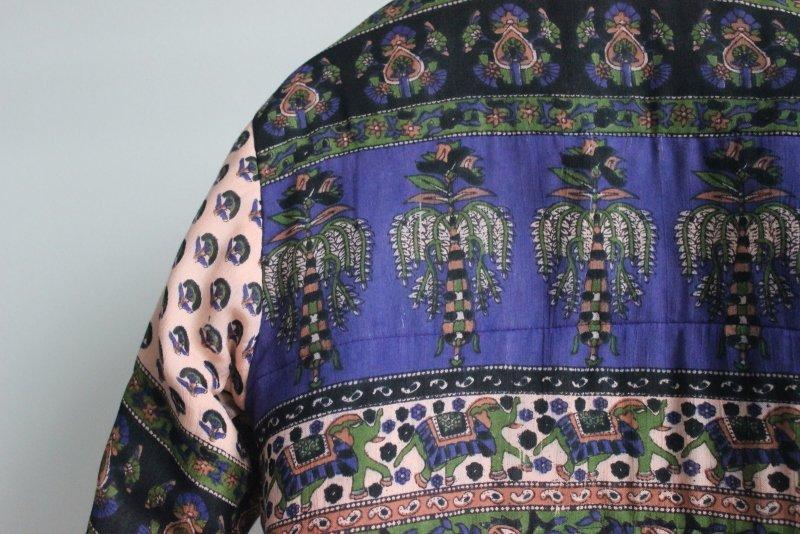 Indická bunda z Ria? Autentická jako pravý brazilský chaos.